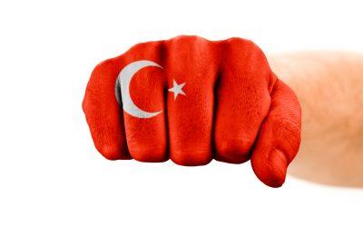 Erdogan będzie straszył migrantami, dopóki Europa nie pokaże mu kija